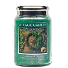 village-candle-vonna-sviecka-v-skle-kardamom-a-cyprus-cardamom-cypress-26oz